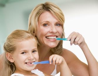 Consejos para cuidar tus dientes en casa